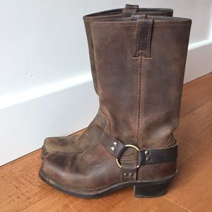 Frye Harness Boot. Heritage Leather.